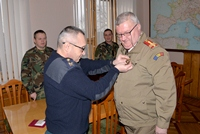 Romanian Expert Decorated at the Ministry of Defense